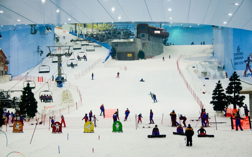 ski dubai, the indoor ski resort in dubai