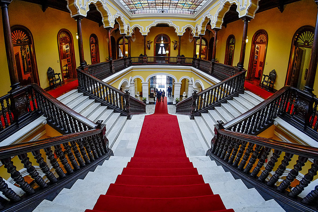 Archbishop's-Palace-Lima-Marble-Staircase-with-Wooden-Handrails