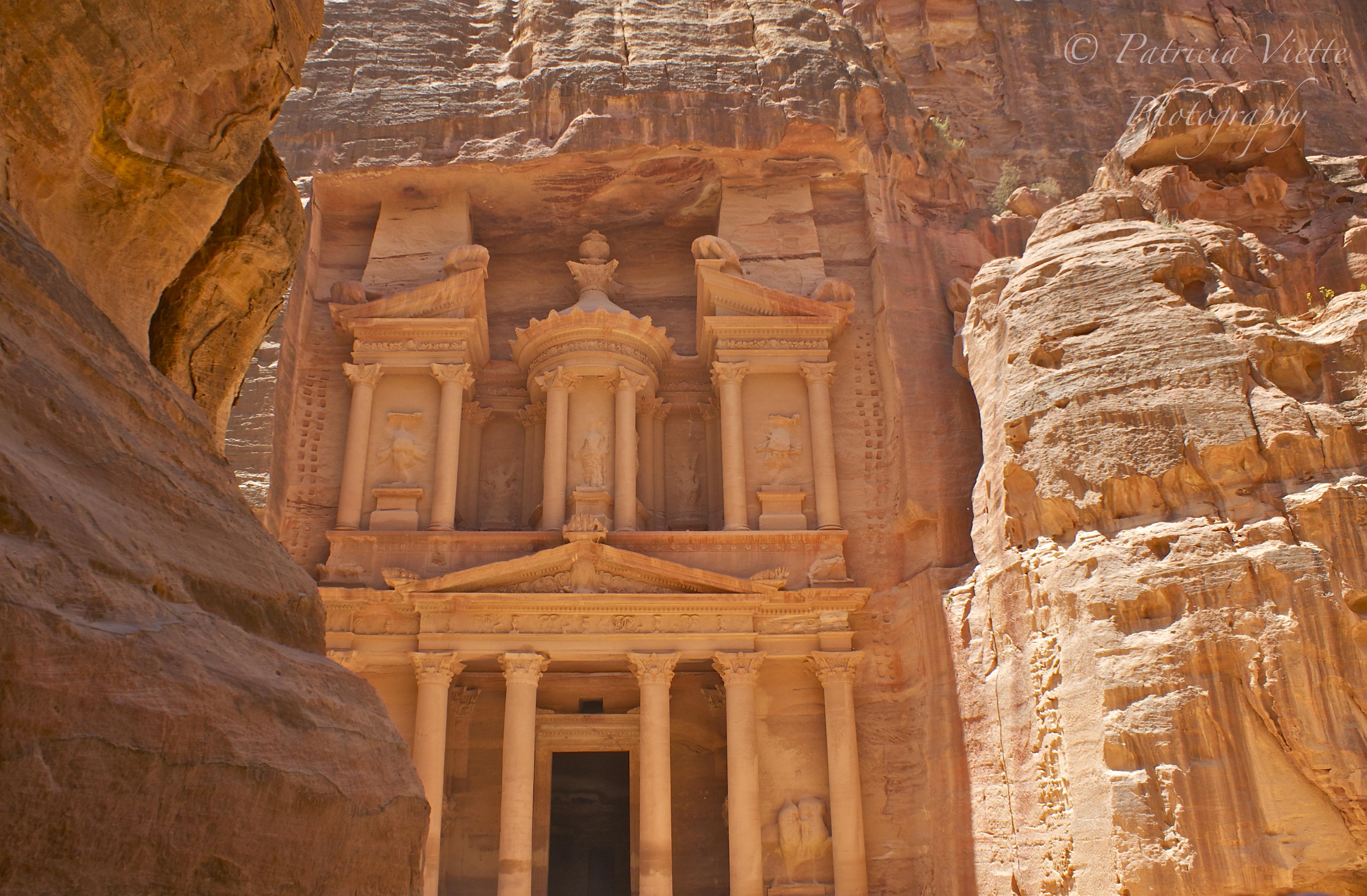 Petra, the historical city of Jordan