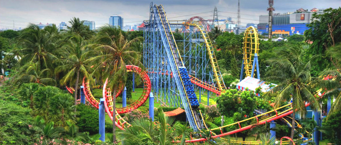Ancol Dreamland is a resort destination in Jakarta. Ancol dreamland is a part of Ancol Bay City.There are many attractions in the Ancol Dreamland. There is the Fantasy World, the Ocean Dream Samudra, and SeaWorld.