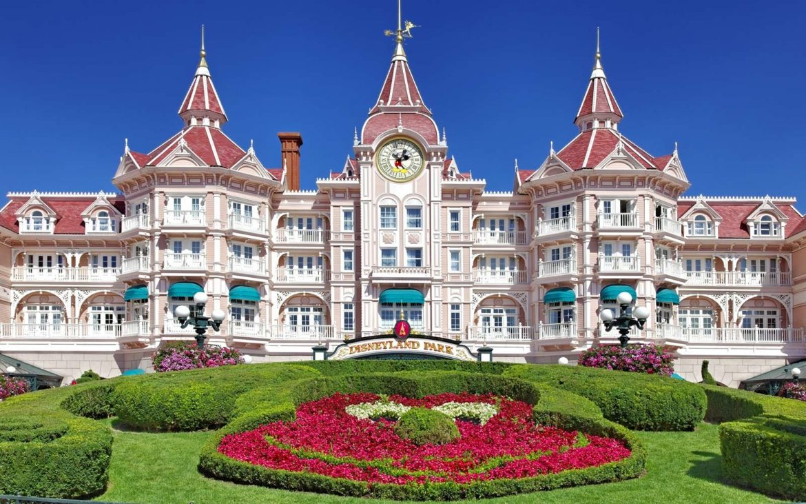 Disneyland hotels, suites, villas, resort rooms