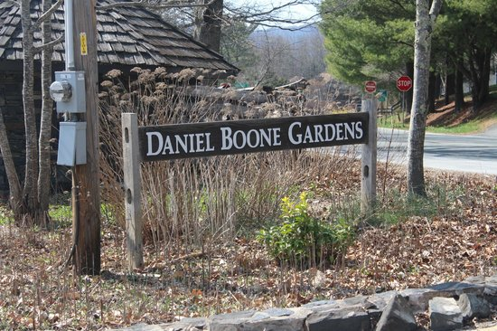 Daniel-Boone-Native-Gardens