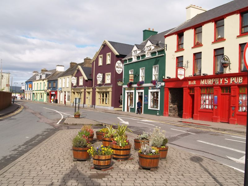 Dingle-harbor-side-town
