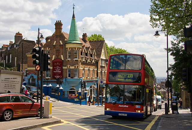 London's-Highgate-Hill