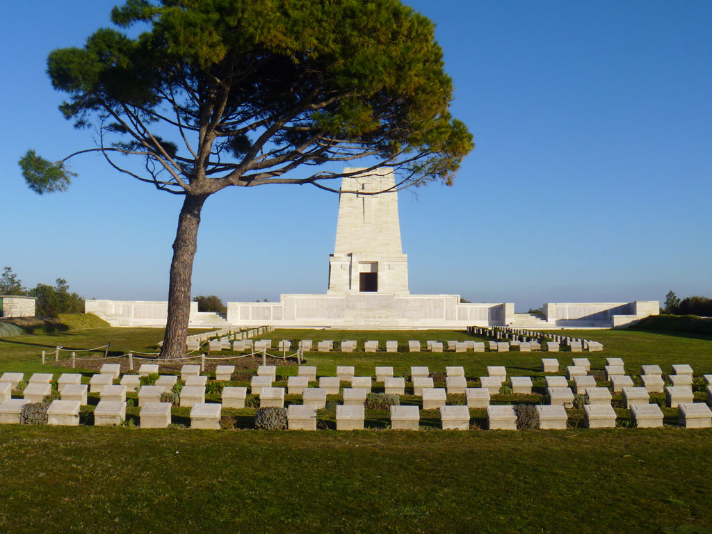 The-Lone-Pine-Cemetery