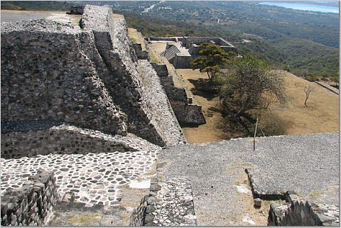 ruins-of-Xochicalco
