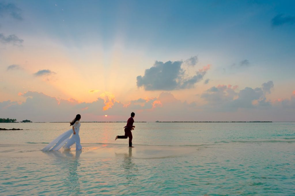 Romantic-honeymoon-ideas